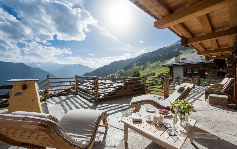 LUXURY SUMMER CHALETS SWITZERLAND
