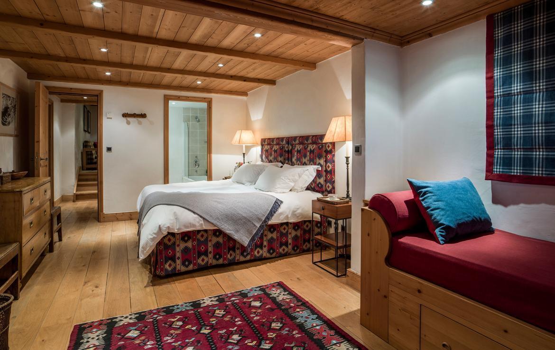 large bedroom chalet Meribe