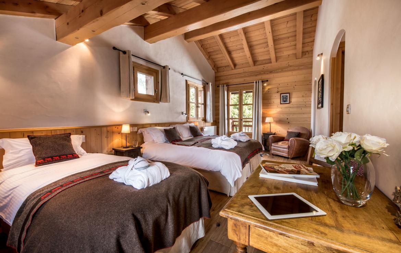 Chalet-Aster Moriond-Bedroom-4