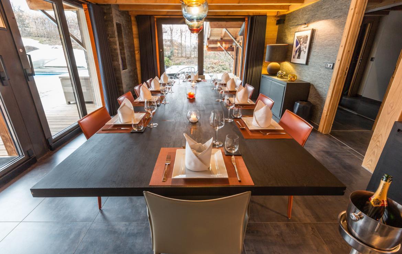 Dining room chalet chamonix