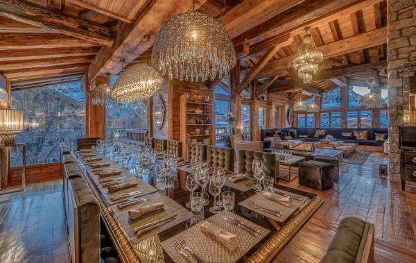 Chalet-Marco-Polo-dining-room
