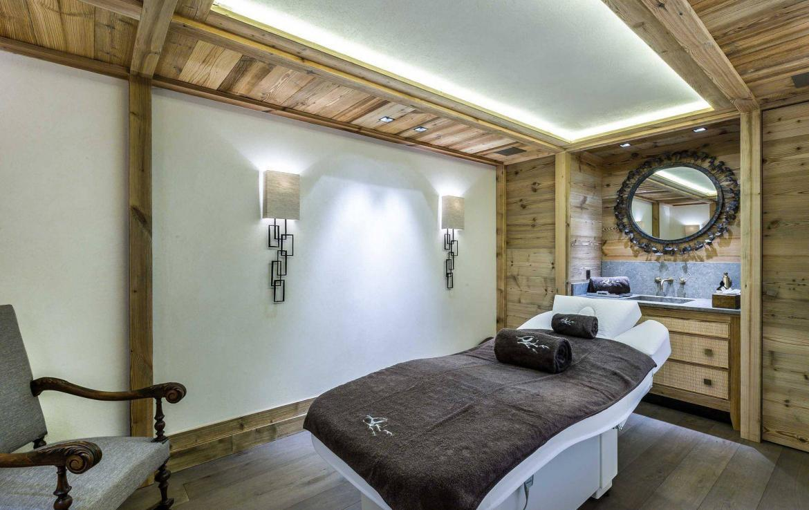 massage room courchevel chalet