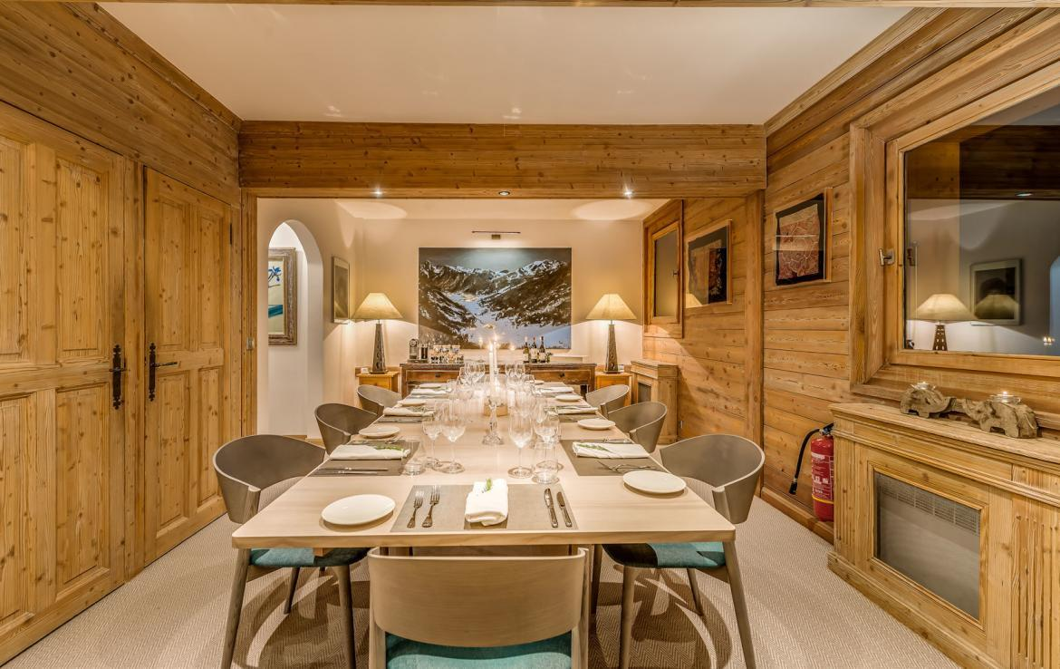 DINING-ROOM-VAL-DISERE-CHALET-SKI-IN-OUT