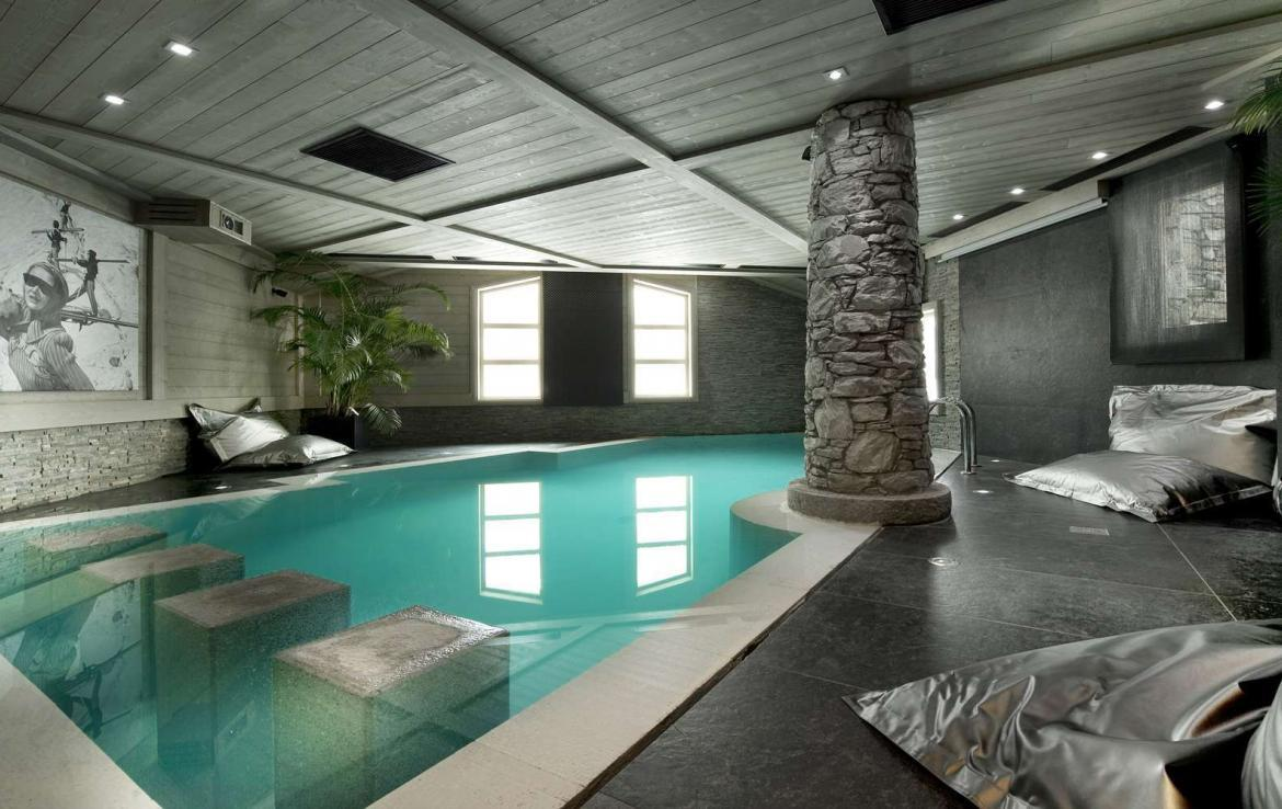 Kings-avenua-val-disere-snow-chalet-hammam-swimming-pool-childfriendly-parking-cinema-boot-heaters-fireplace-area-val-disere-007-3