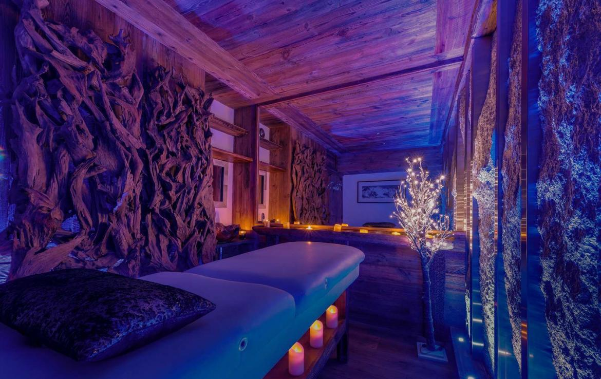 Kings-avenua-val-disere-snow-chalet-hammam-swimming-pool-childfriendly-parking-cinema-boot-heaters-fireplace-gym-wine-cellar-area-val-disere-006-18-1