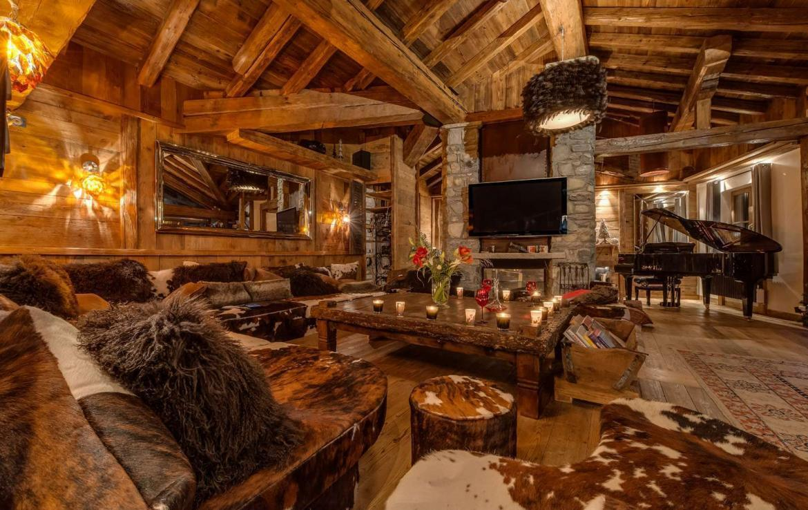 Kings-avenua-val-disere-snow-chalet-hammam-swimming-pool-childfriendly-parking-cinema-boot-heaters-fireplace-gym-wine-cellar-area-val-disere-006-3-1