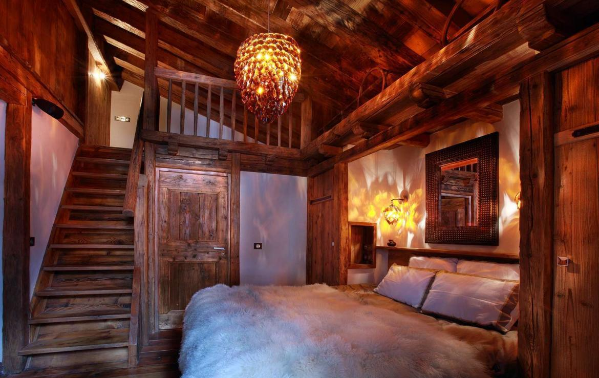 Kings-avenua-val-disere-snow-chalet-jacuzzi-hammam-swimming-pool-childfriendly-cinema-games-room-boot-heaters-fireplace-massage-room-lift-terrace-area-val-disere-001-14