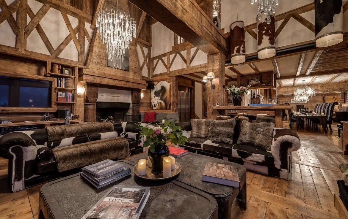 Kings-avenua-val-disere-snow-chalet-outdoor-jacuzzi-hammam-swimming-pool-childfriendly-gym-foot-heaters-fireplace-bar-massage-room-lift-area-val-disere-003-4