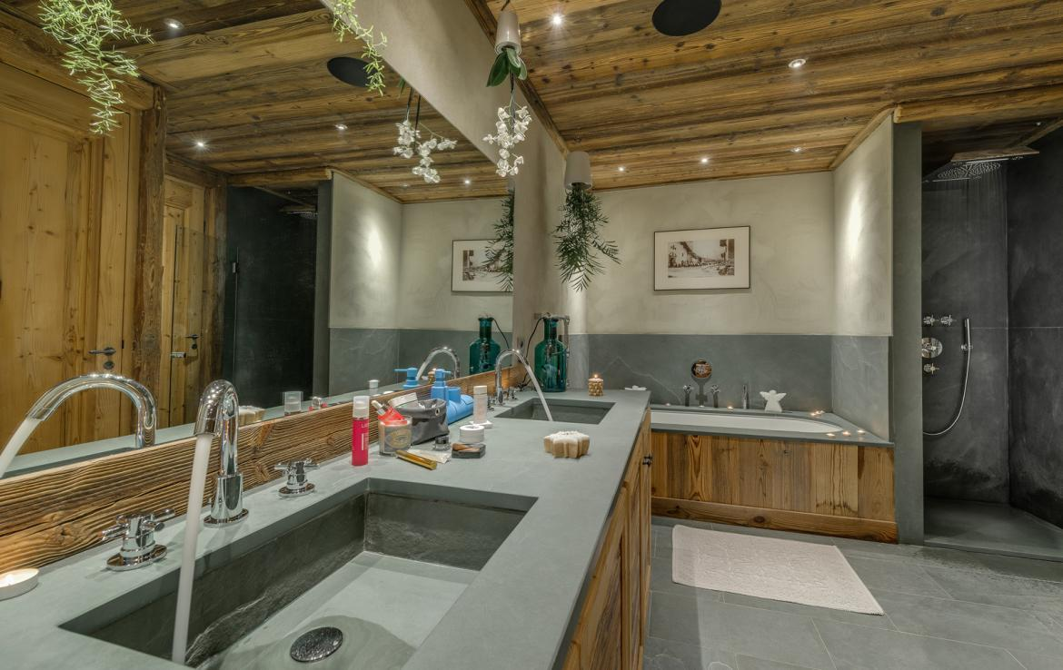 Kings-avenua-val-disere-snow-chalet-sauna-indoor-jacuzzi-hammam-swimming-pool-childfriendly-covered-parking-gym-fireplace-massage-room-area-val-disere-009-20