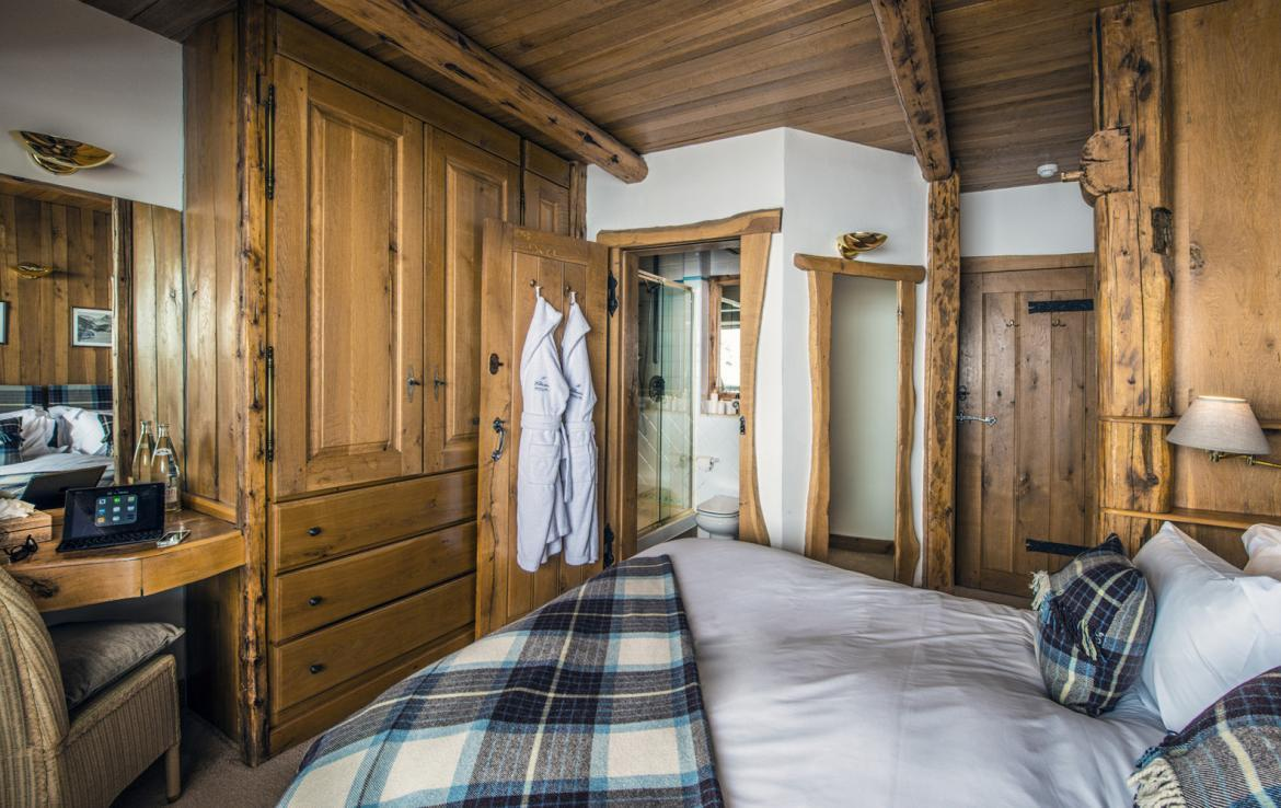 Kings-avenua-val-disere-snow-chalet-sauna-outdoor-jacuzzi-chidfriendly-kids-playroom-fireplace-boot-heaters-ski-in-ski-out-hot-tubs-massage-room-area-val-disere-004-13