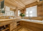 Kings-avenua-val-disere-snow-chalet-sauna-swimming-pool-childfriendly-parking-boot-heaters-fireplace-ski-in-ski-out-lift-terrace-area-val-disere-010-12