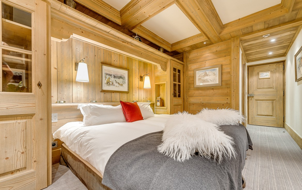 Kings-avenua-val-disere-snow-chalet-sauna-swimming-pool-childfriendly-parking-boot-heaters-fireplace-ski-in-ski-out-lift-terrace-area-val-disere-010-15