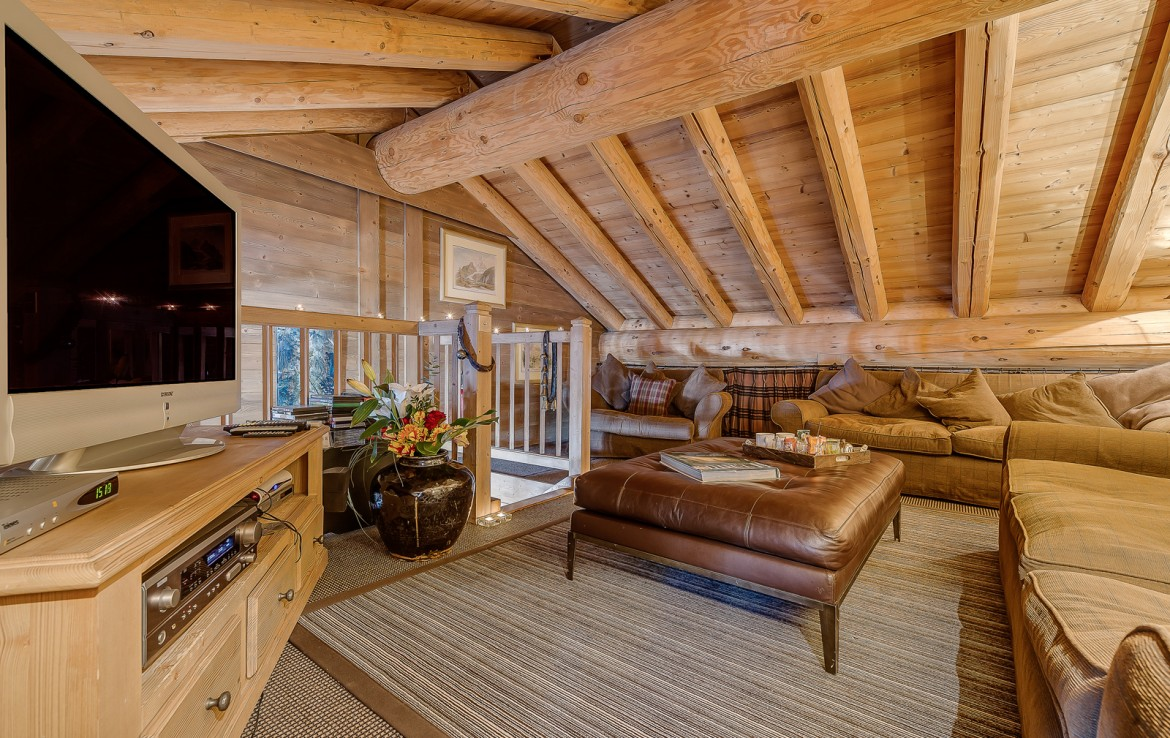 Kings-avenua-val-disere-snow-chalet-sauna-swimming-pool-childfriendly-parking-boot-heaters-fireplace-ski-in-ski-out-lift-terrace-area-val-disere-010-6