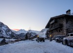 Kings-avenua-val-disere-snow-chalet-sauna-swimming-pool-parking-boot-heaters-fireplace-ski-in-ski-out-cigar-room-massage-therapie-room-area-val-disere-011-3