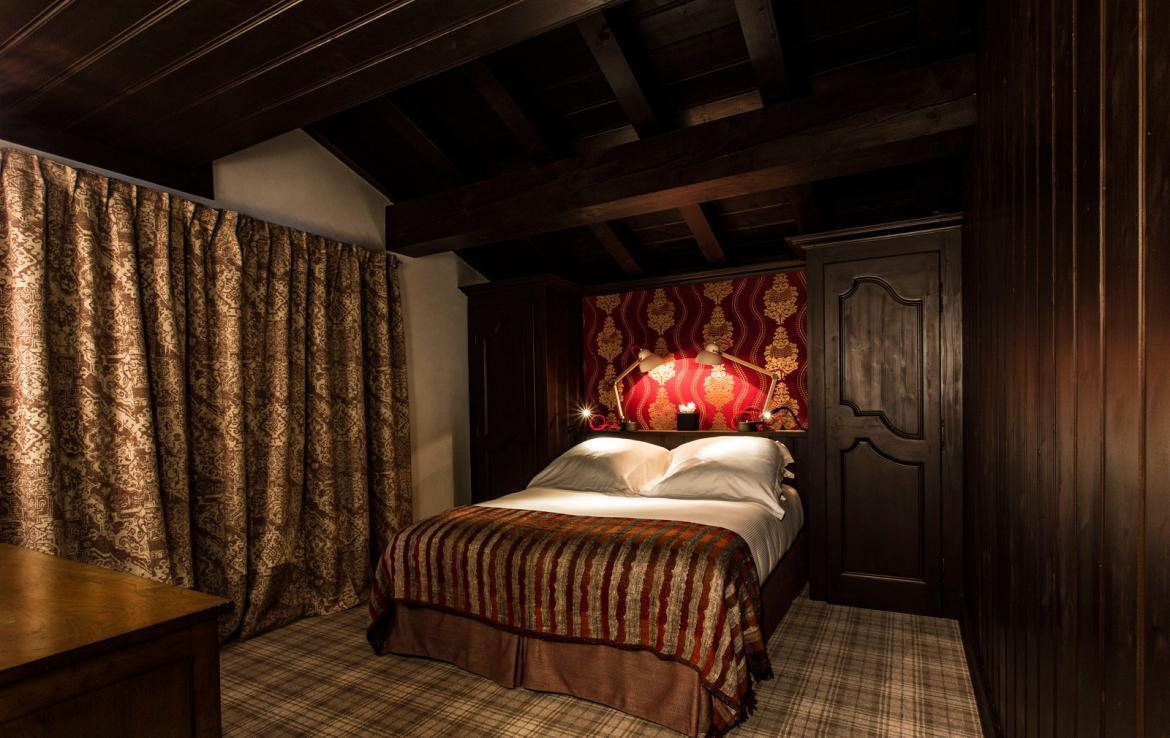 Kings-avenua-val-disere-snow-chalet-wifi-sauna-hammam-swimming-pool-childfriendly-cinema-boot-heaters-fireplace-massage-room-area-val-disere-005-11