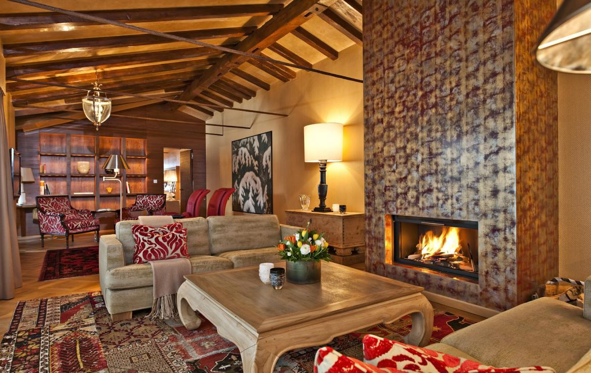 Kings-avenua-val-disere-snow-penthouse-tv-hifi-telephone-wifi-sauna-jacuzzi-hammam-swimming-pool-childfriendly-parking-fireplace-area-st-mortiz-011-2