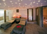 Kings-avenua-val-disere-snow-wifi-childfriendly-boot-heaters-fireplace-ski-in-ski-out-outdoor-tubs-treatment-room-sauna-welness-area-val-disere-015-6