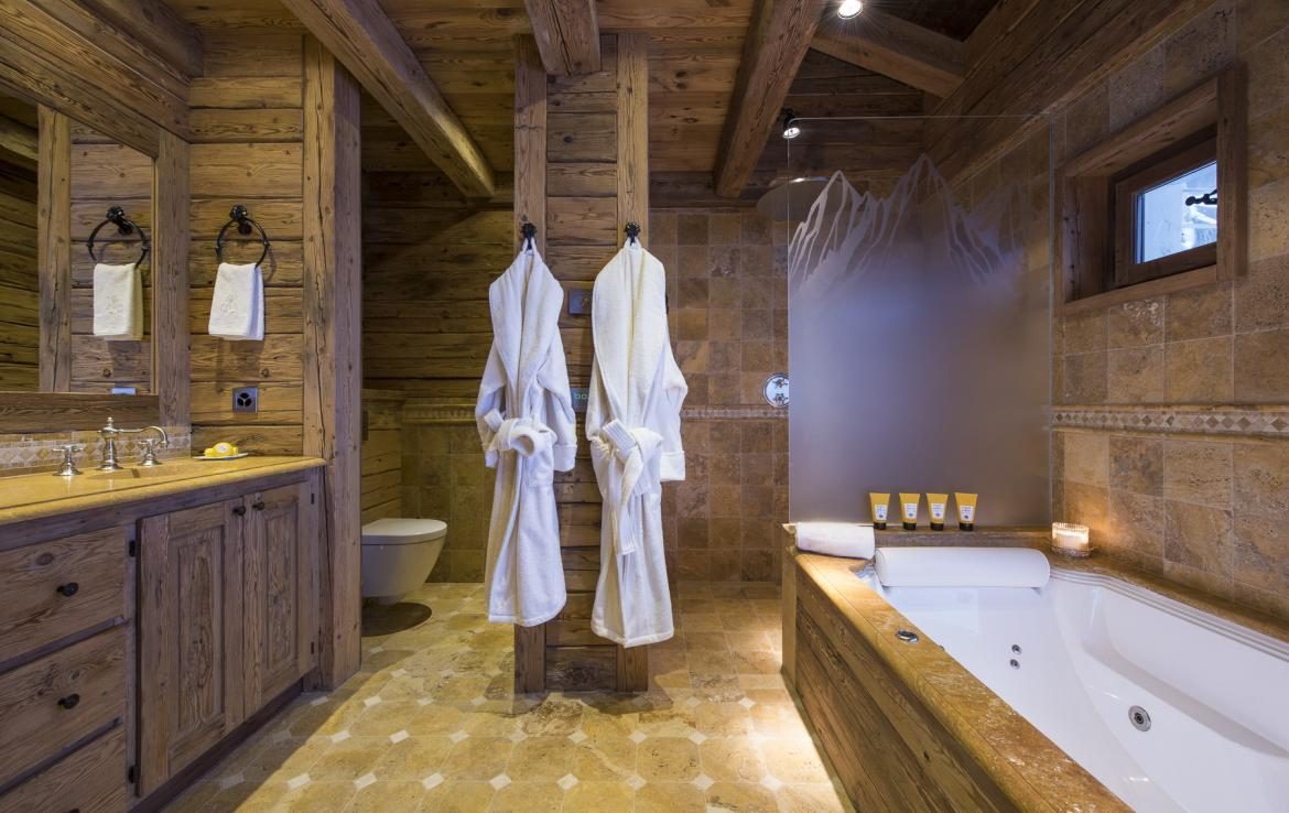 Kings-avenua-verbier-sauna-jacuzzi-hammam-swimming-pool-childfriendly-parking-cinema-gym-boot-heaters-fireplace-massage-room-wine-cellar-area-verbier-006-23