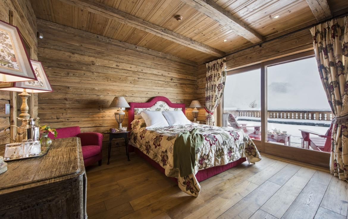 Kings-avenua-verbier-sauna-jacuzzi-hammam-swimming-pool-childfriendly-parking-cinema-gym-boot-heaters-fireplace-massage-room-wine-cellar-area-verbier-006-26