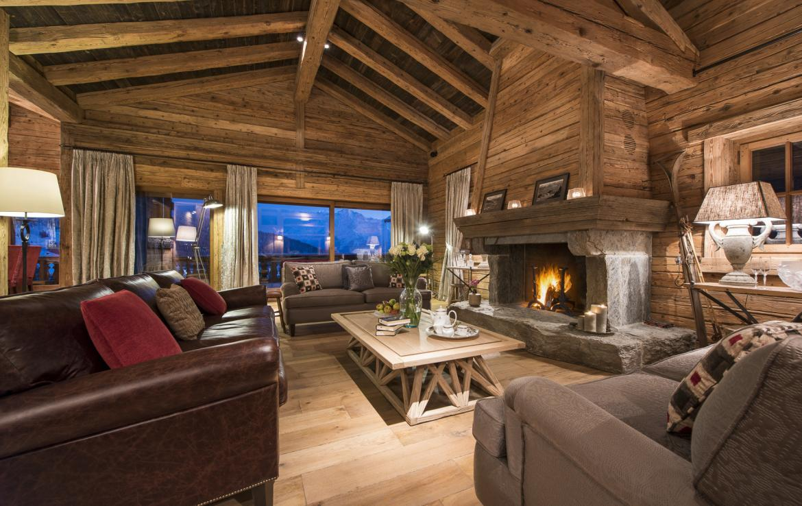 Kings-avenua-verbier-sauna-jacuzzi-hammam-swimming-pool-childfriendly-parking-cinema-gym-boot-heaters-fireplace-massage-room-wine-cellar-area-verbier-006-3
