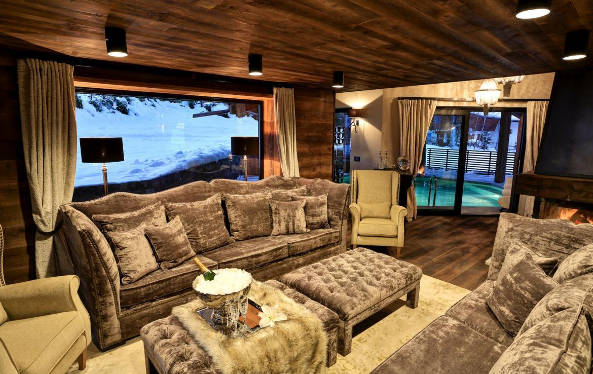 Kings-avenue-chamonix-parking-gym-fireplace-swimming-pool-spa-sauna-steam-room-tv-ski-boot-room-area-chamonix-002-3