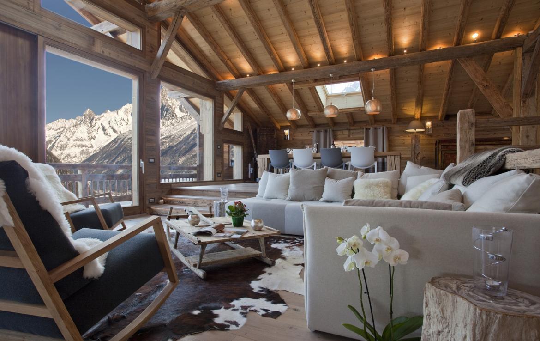 Kings-avenue-chamonix-sauna-jacuzzi-hammam-parking-kids-playroom-boot-heaters-fireplace-ski-in-ski-out-area-chamonix-007-3