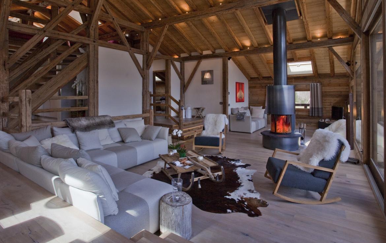 Kings-avenue-chamonix-sauna-jacuzzi-hammam-parking-kids-playroom-boot-heaters-fireplace-ski-in-ski-out-area-chamonix-007-4