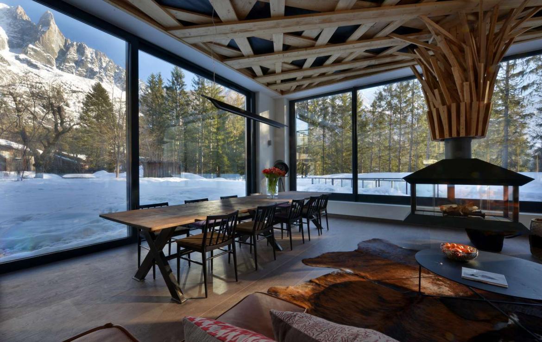 Kings-avenue-chamonix-sauna-jacuzzi-swimming-pool-parking-cinema-boot-heaters-fireplace-terrace-area-chamonix-004-7