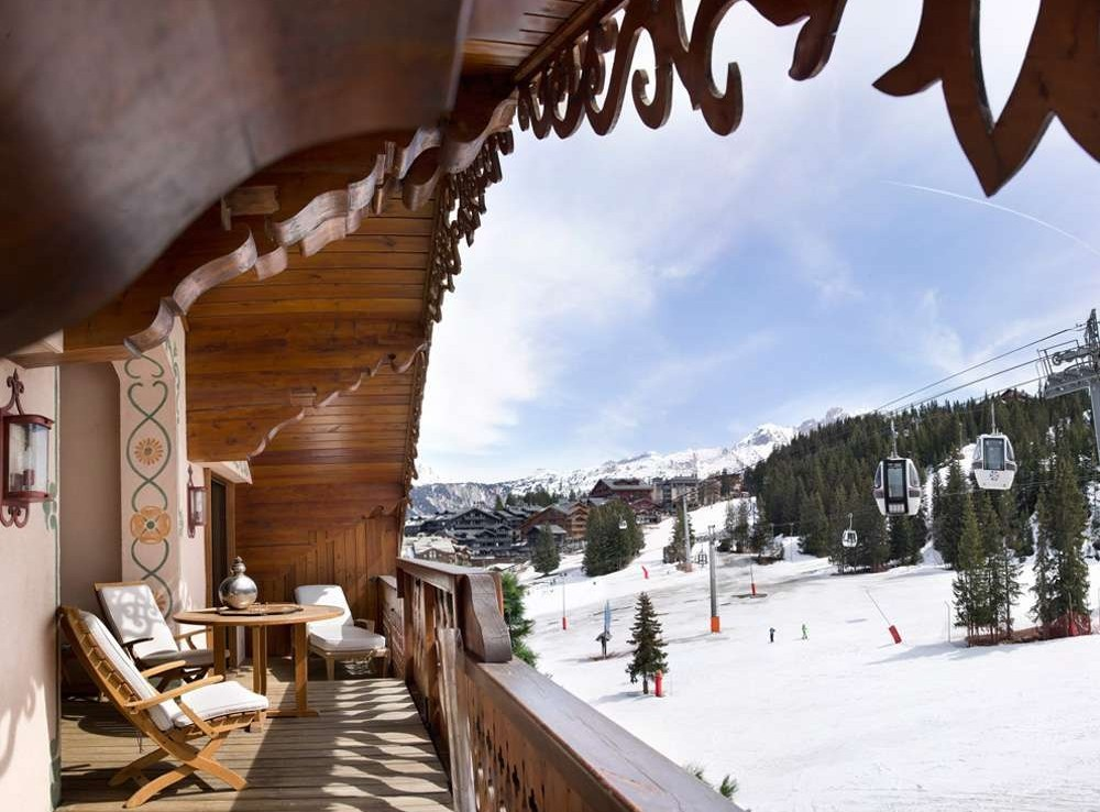 Kings-avenue-courchevel-dvd-tv-hifi-telephone-wifi-satelitte-childfriendly-boot-heaters-fireplace-ski-in-ski-out-area-courchevel-038-12