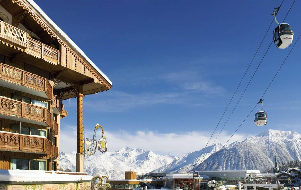 Kings-avenue-courchevel-dvd-tv-hifi-telephone-wifi-satelitte-childfriendly-boot-heaters-fireplace-ski-in-ski-out-area-courchevel-038-2