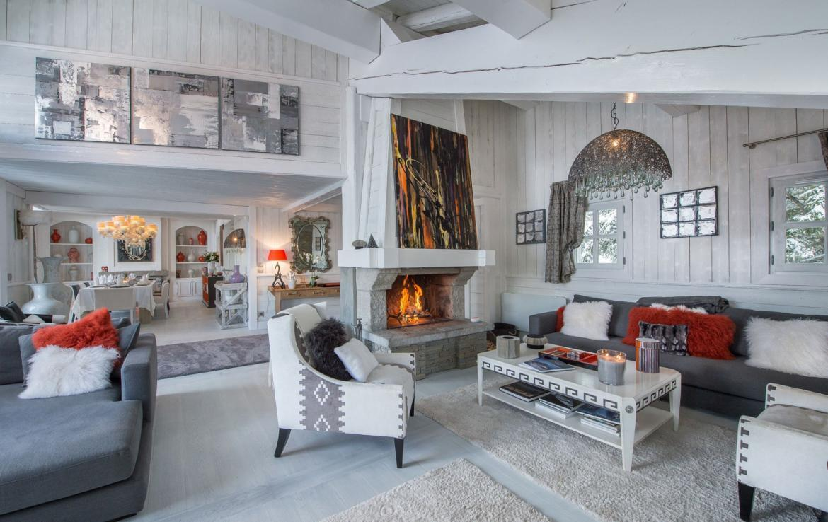 Kings-avenue-courchevel-jacuzzi-hammam-swimming-pool-childfriendly-parking-boot-heaters-fireplace-bar-lounge-massage-room-fitness-room-area-courchevel-027-3