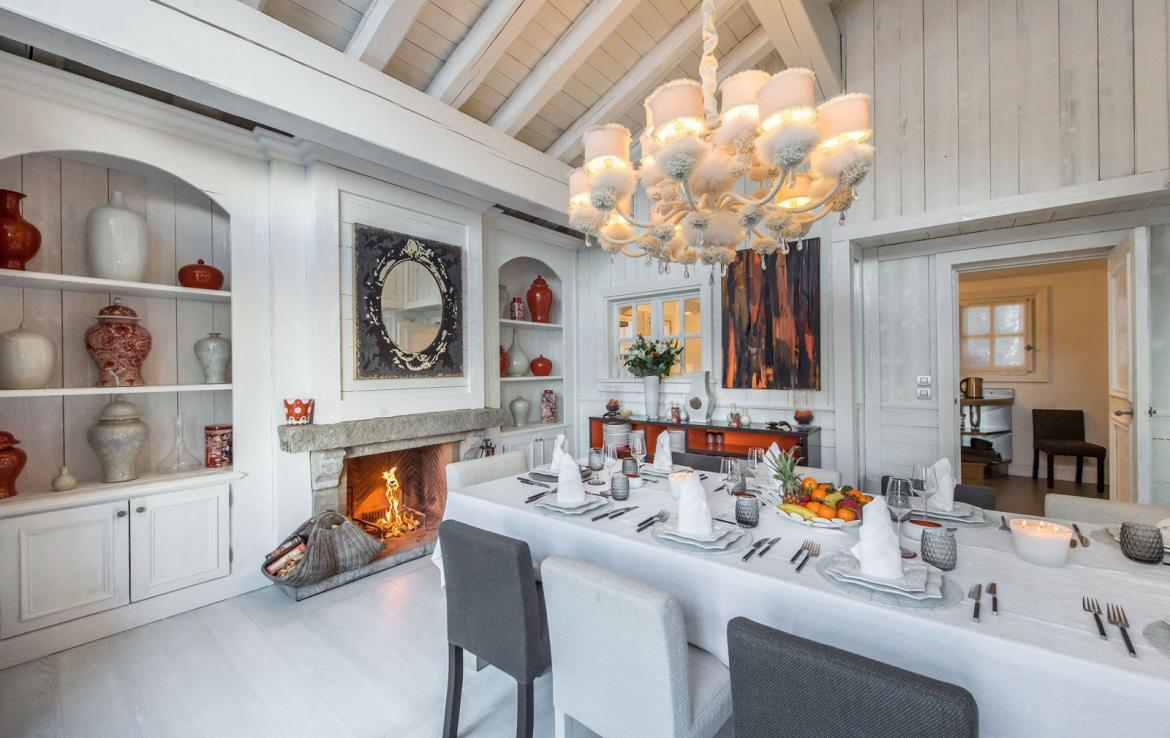 Kings-avenue-courchevel-jacuzzi-hammam-swimming-pool-childfriendly-parking-boot-heaters-fireplace-bar-lounge-massage-room-fitness-room-area-courchevel-027-5