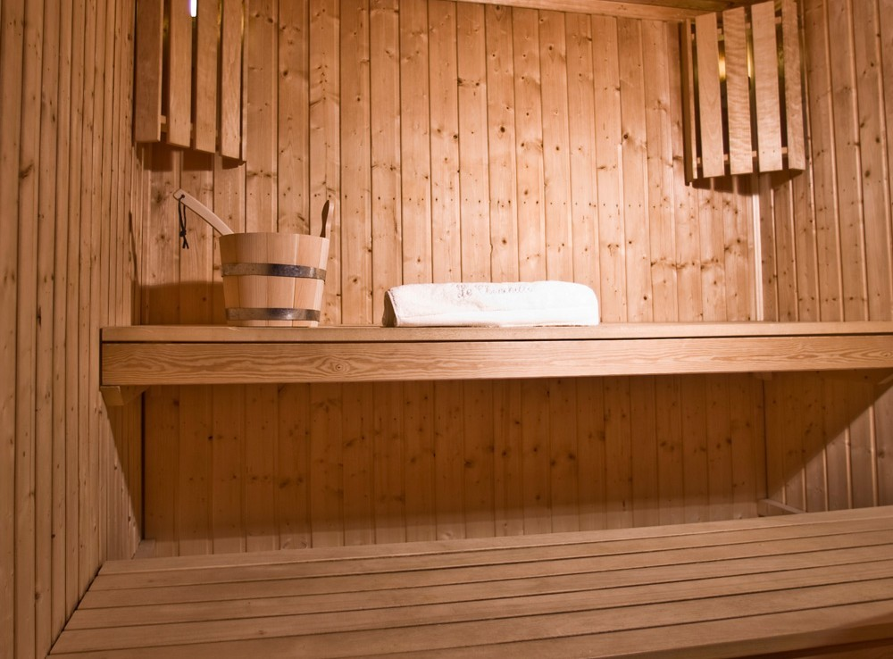 Kings-avenue-courchevel-sauna-childfriendly-parking-boot-heaters-fireplace-ski-in-ski-out-terrace-mountain-views-area-courchevel-032-12