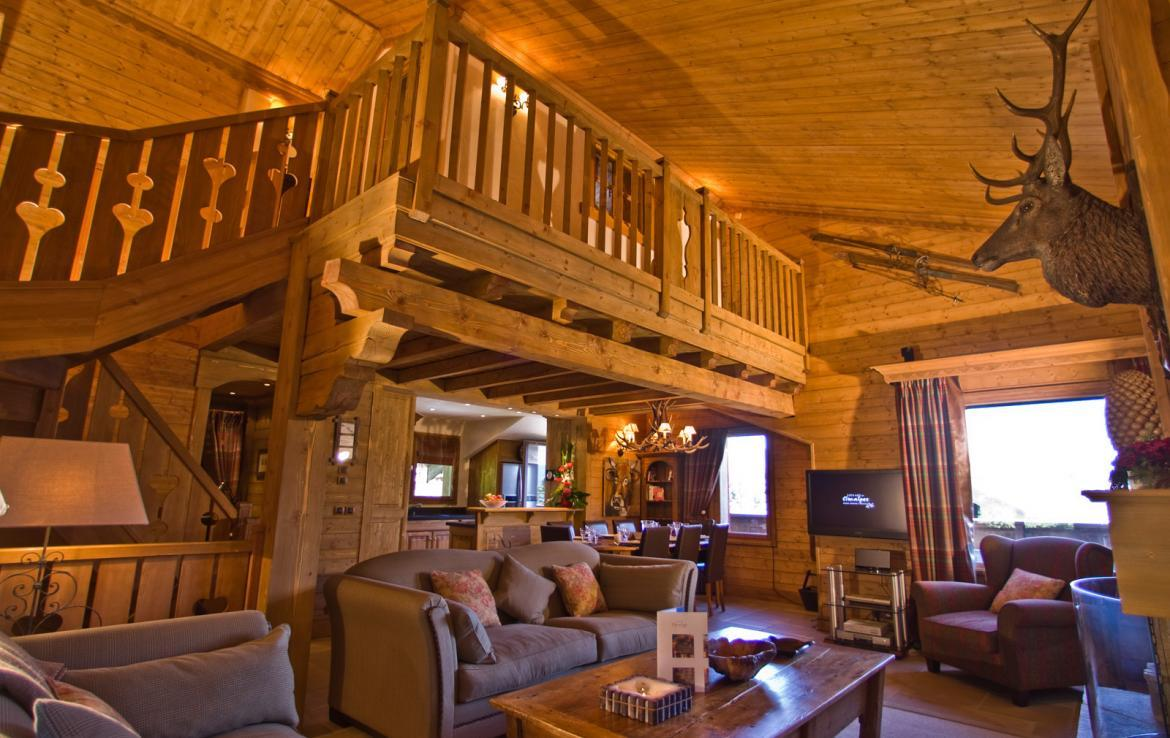 Kings-avenue-courchevel-sauna-childfriendly-parking-boot-heaters-fireplace-ski-in-ski-out-terrace-mountain-views-area-courchevel-032-3