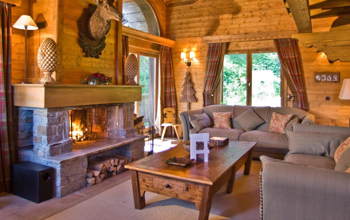 Kings-avenue-courchevel-sauna-childfriendly-parking-boot-heaters-fireplace-ski-in-ski-out-terrace-mountain-views-area-courchevel-032-4