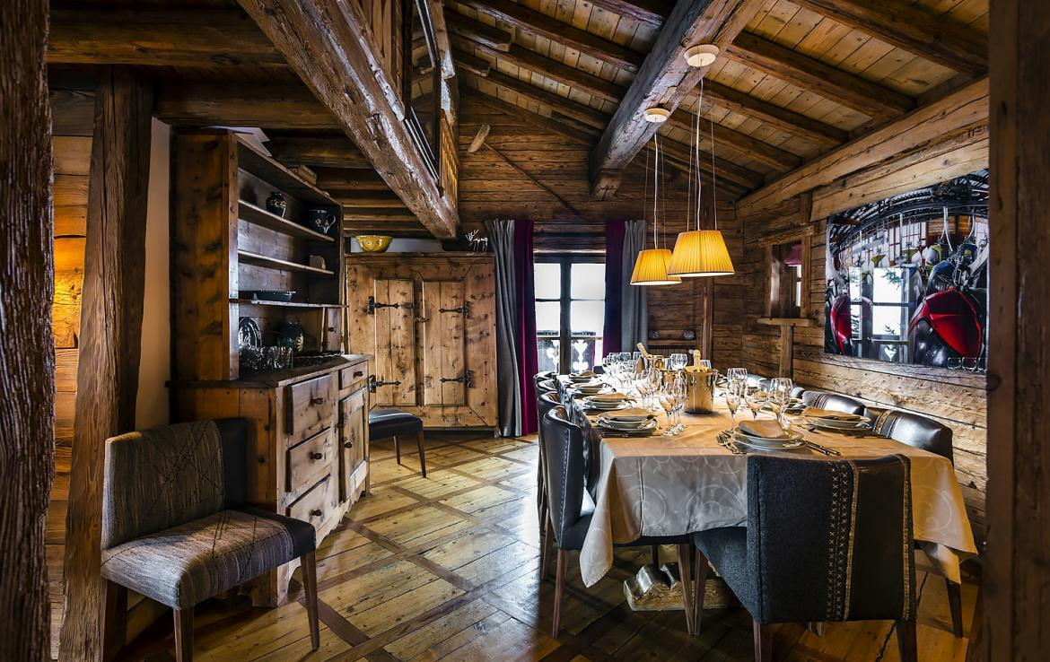 Kings-avenue-courchevel-sauna-hammam-swimming-pool-childfriendly-parking-boot-heaters-fireplace-mezzanine-tv-videos-area-courchevel-025-8