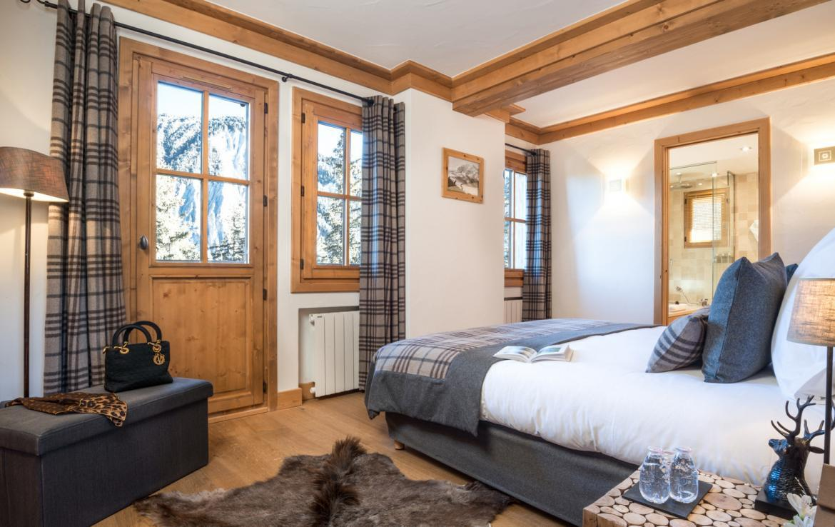 Kings-avenue-courchevel-sauna-jacuzzi-childfriendly-parking-boot-heaters-fireplace-ski-in-ski-out-kids-playroom-wine-cellar-balconies-terrace-courchevel-moriond-005-10