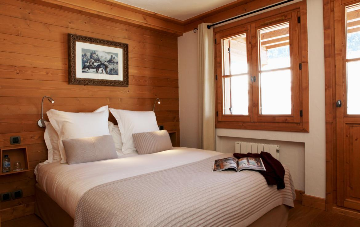 Kings-avenue-courchevel-sauna-jacuzzi-childfriendly-parking-boot-heaters-fireplace-ski-in-ski-out-kids-playroom-wine-cellar-balconies-terrace-courchevel-moriond-005-13