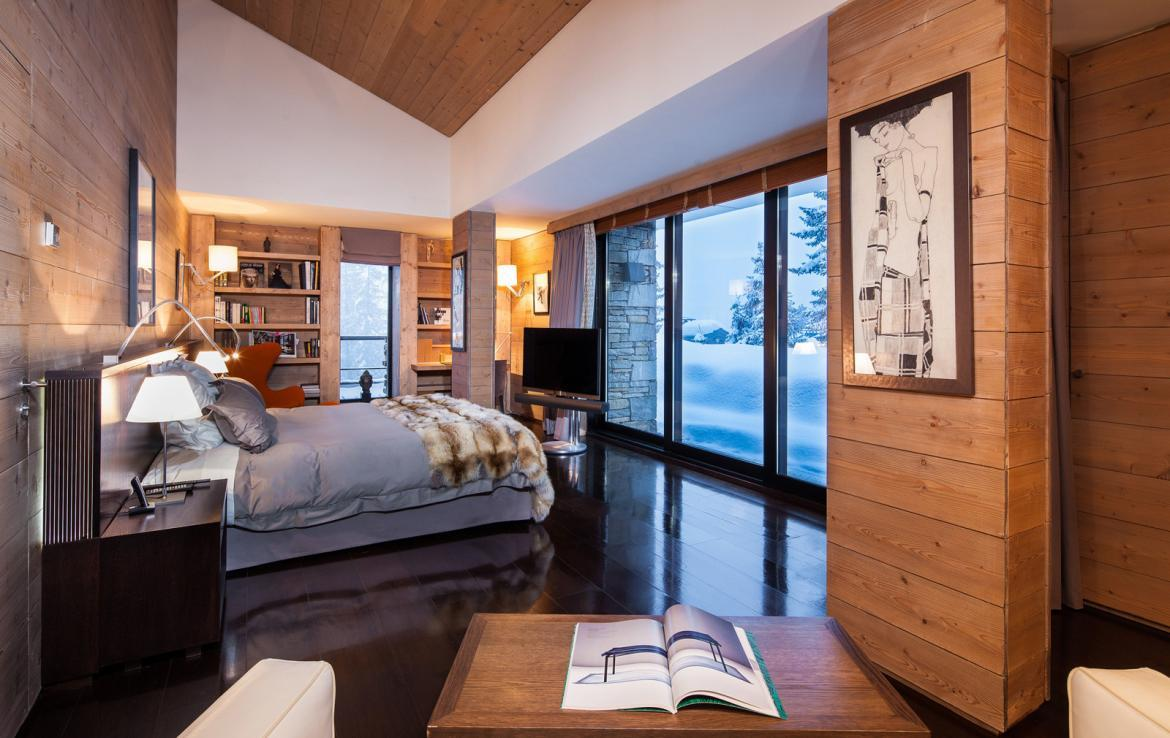 Kings-avenue-courchevel-sauna-jacuzzi-hammam-childfriendly-parking-cinema-gym-boot-heaters-fireplace-ski-in-ski-out-area-courchevel-013-14
