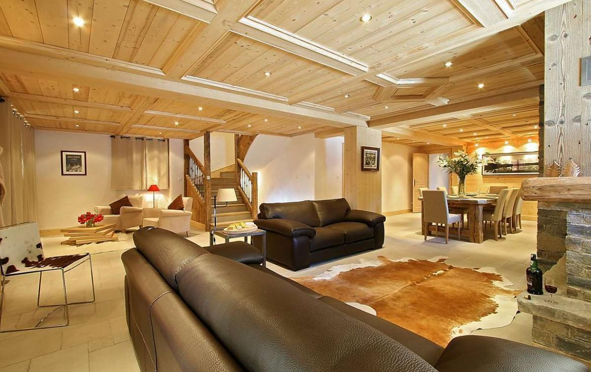 Kings-avenue-courchevel-sauna-jacuzzi-hammam-childfriendly-parking-kids-playroom-boot-heaters-fireplace-ski-in-ski-out-cinema-bar-massage-area-courchevel-004-8