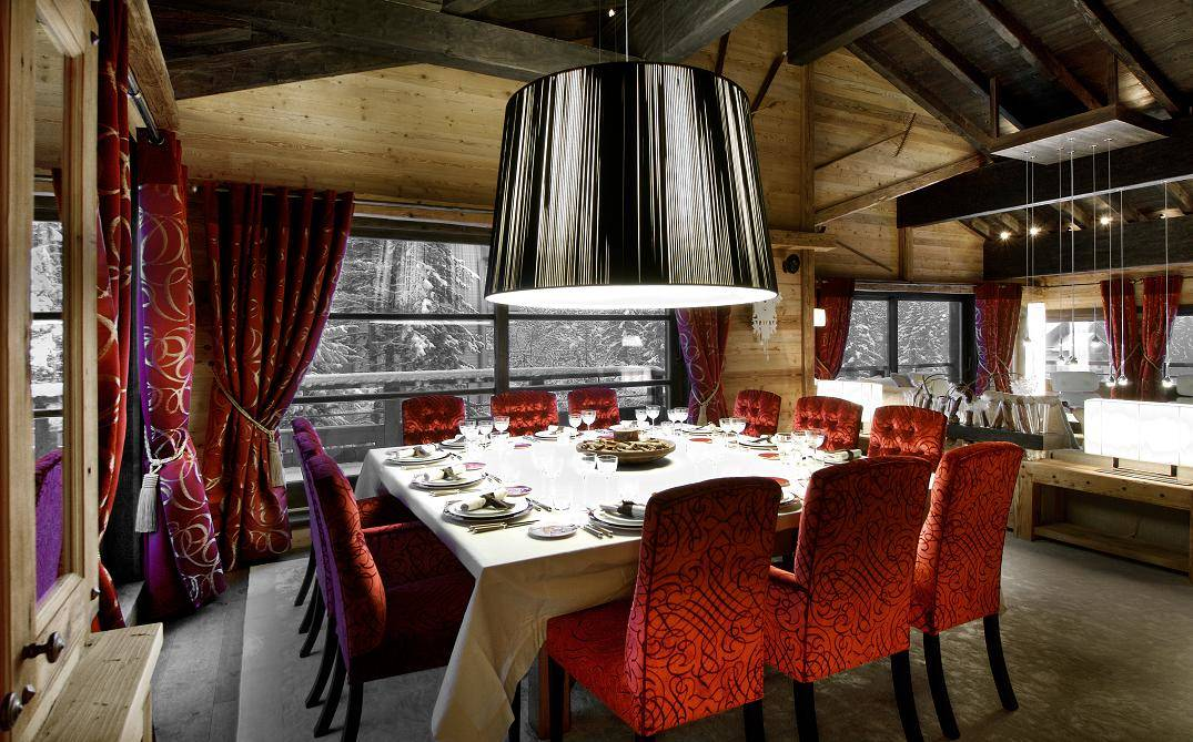 Kings-avenue-courchevel-sauna-jacuzzi-hammam-swimming-pool-childfriendly-parking-cinema-games-room-gym-fireplace-boot-heaters-lift-club-area-courchevel-010-3
