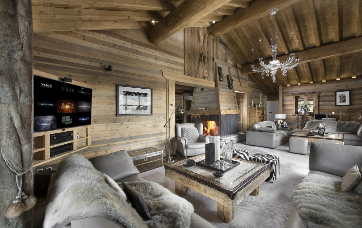 Kings-avenue-courchevel-sauna-jacuzzi-hammam-swimming-pool-childfriendly-parking-cinema-gym-boot-heaters-fireplace-lift-massage-room-area-courchevel-019-7