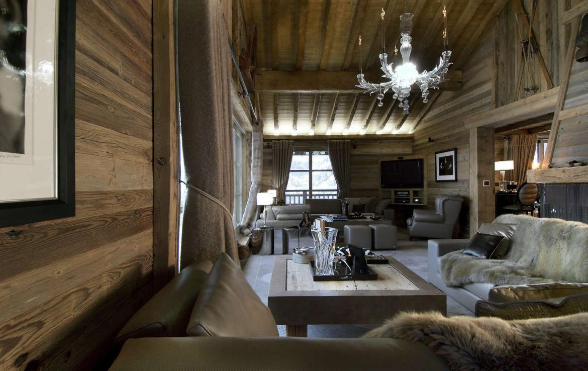 Kings-avenue-courchevel-sauna-jacuzzi-hammam-swimming-pool-childfriendly-parking-cinema-gym-boot-heaters-fireplace-lift-massage-room-area-courchevel-019-8
