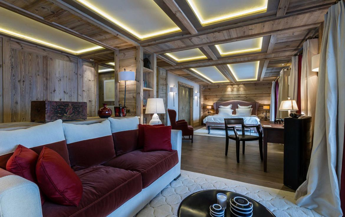 Kings-avenue-courchevel-sauna-jacuzzi-hammam-swimming-pool-cinema-games-room-gym-boot-heaters-fireplace-ski-in-ski-out-wine-cellar-parking-lift-area-courchevel-017-9