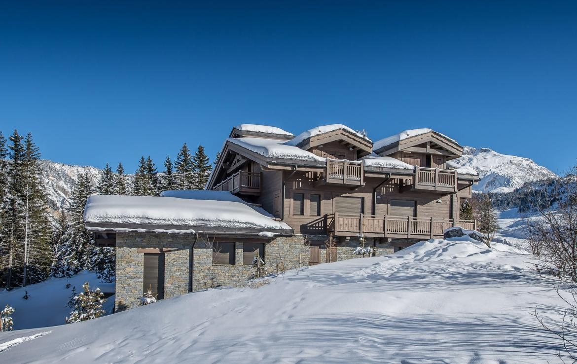 Kings-avenue-courchevel-sauna-jacuzzi-hammam-swimming-pool-covered-parking-fireplace-ski-in-ski-out-area-courchevel-002-2