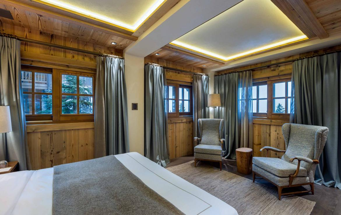 Kings-avenue-courchevel-sauna-jacuzzi-hammam-swimming-pool-gym-boot-heaters-fireplace-ski-in-ski-out-welness-area-bar-massage-room-lift-area-courchevel-024-10