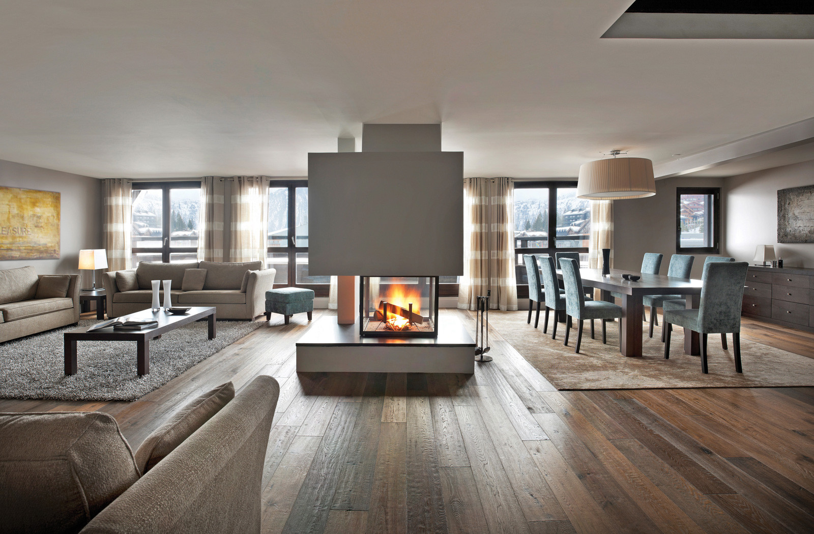 Kings-avenue-courchevel-tv-wifi-satelitte-jacuzzi-hammam-swimming-pool-childfriendly-parking-gym-fireplace-swimming-pool-spa-area-courchevel-036