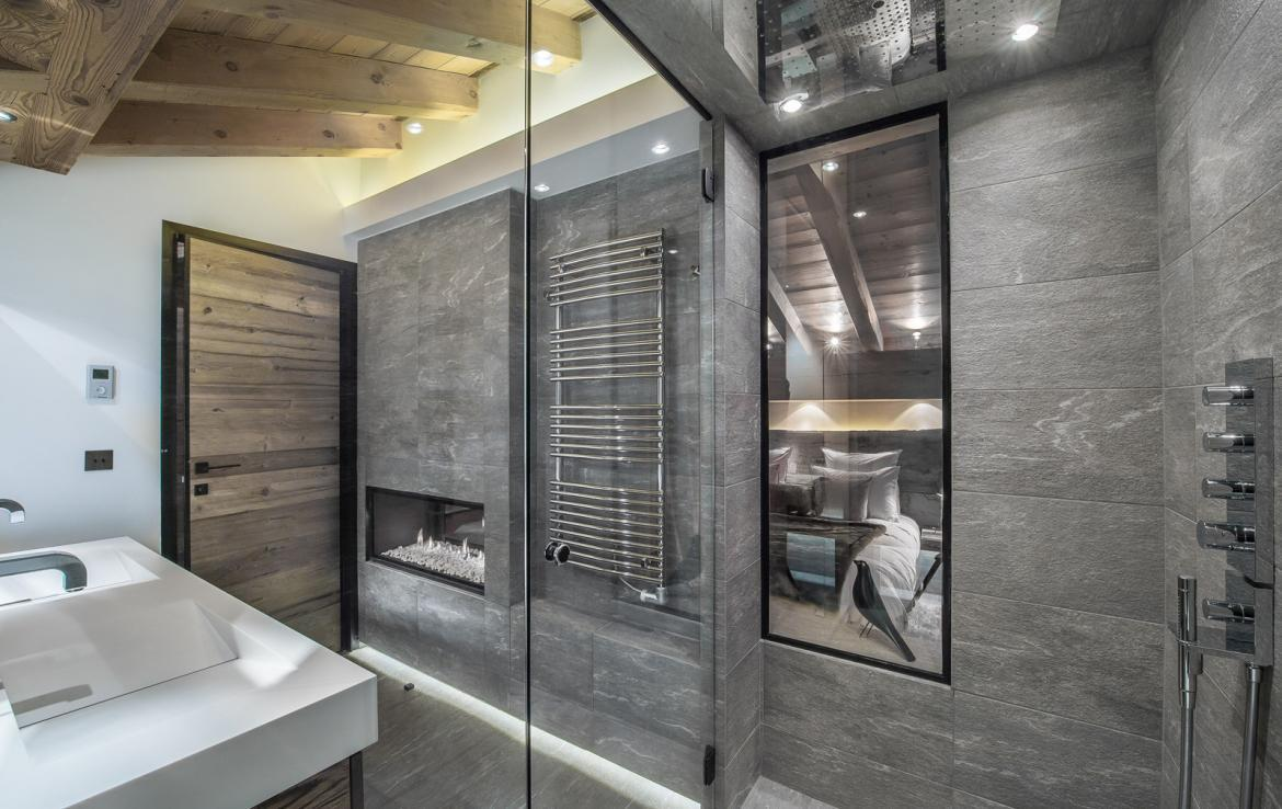 Kings-avenue-courchevel-wifi-satelitte-jacuzzi-hammam-swimming-pool-childfriendly-parking-cinema-gym-boot-heaters-fireplace-stunning-views-area-courchevel-020-10