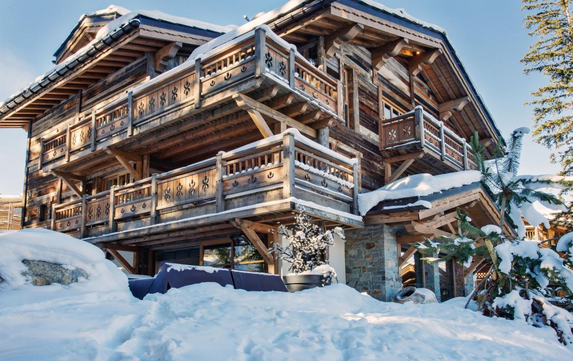 Kings-avenue-courchevel-wifi-satelitte-jacuzzi-hammam-swimming-pool-childfriendly-parking-cinema-gym-boot-heaters-fireplace-stunning-views-area-courchevel-020