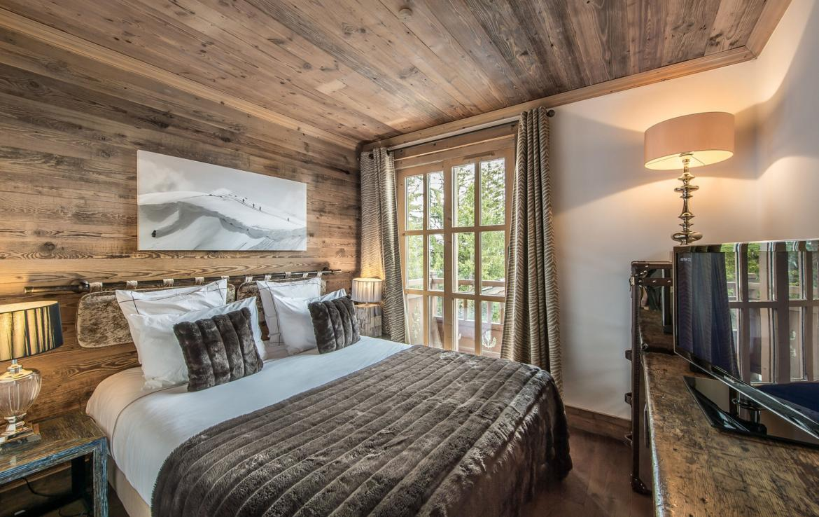 Kings-avenue-courchevel-wifi-satelitte-jacuzzi-hammam-swimming-pool-childfriendly-parking-cinema-gym-boot-heaters-fireplace-stunning-views-area-courchevel-020-13